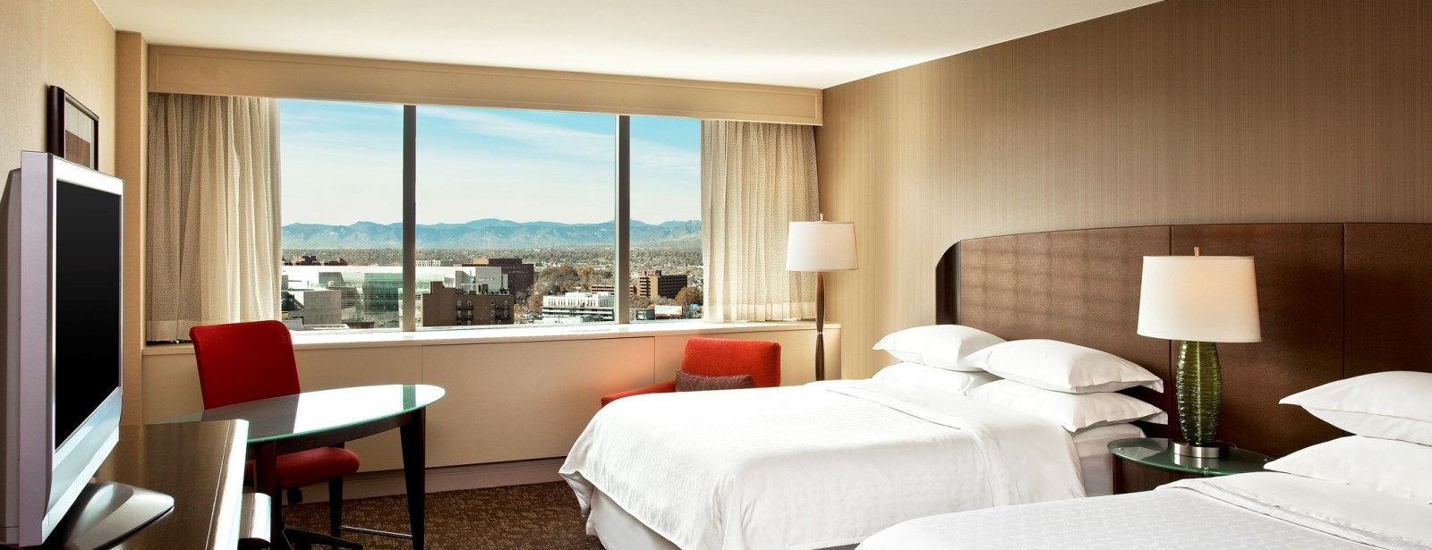 Denver Accommodations - Premium Mountain Views